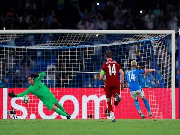 Quả penalty khiến Klopp không hài lòng, song ông và các học trò cần biết chấp nhận kết quả.