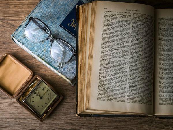 Mơ thấy sách là điềm báo lành hay dữ?
